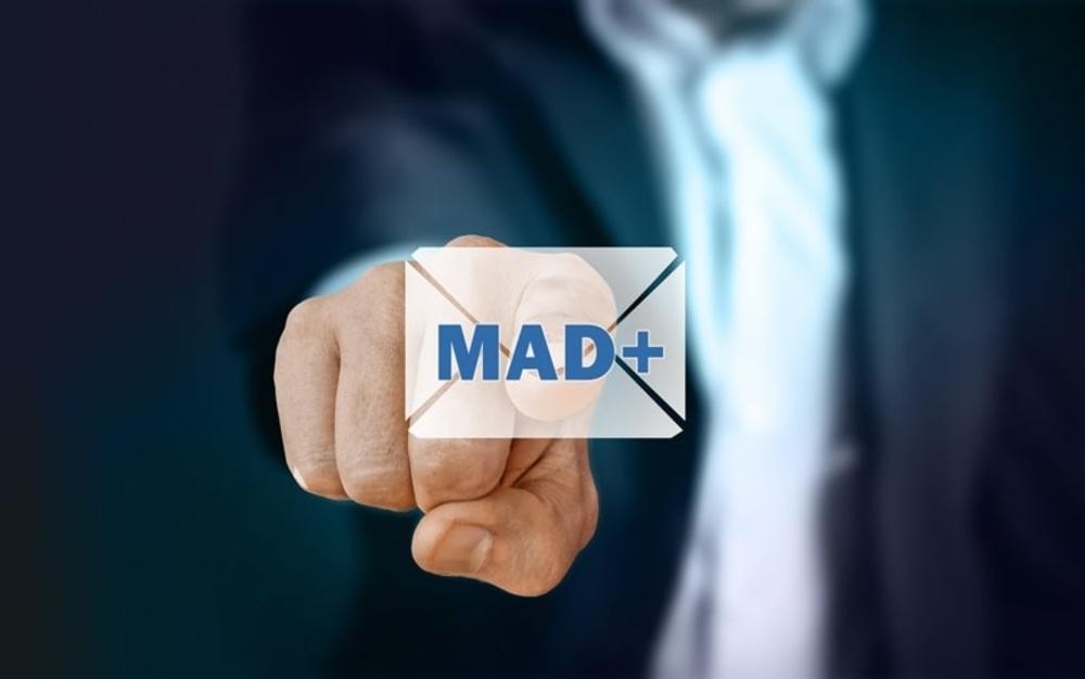 Invio Mad Online